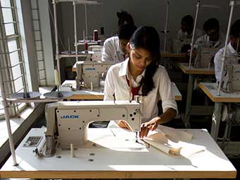 degree and diploma courses in textile design